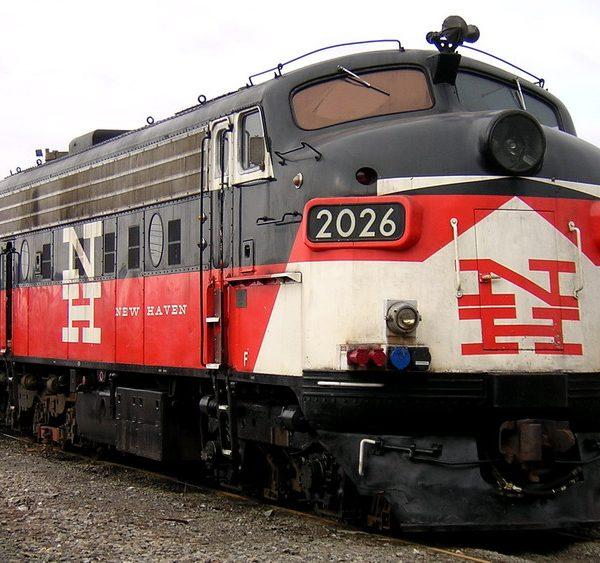 09_060_20050325_loco2026s
